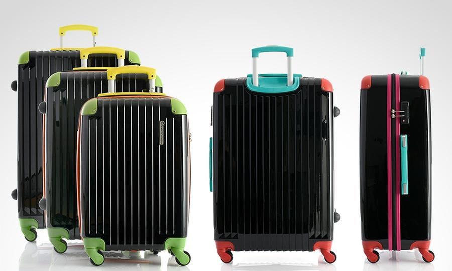 Groupon Shopping: 3 maletas Travel Collection Spinner Strong Ultralight en color a elección. Incluye despacho