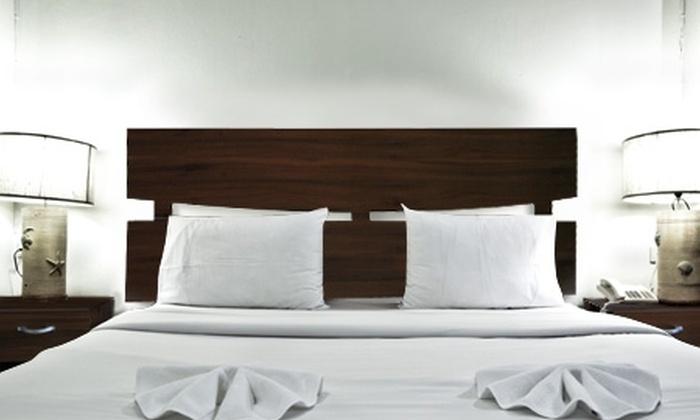 Groupon Shopping (respaldo y veladores): $45.900 por respaldo de cama 2 plazas + dos veladores con despacho