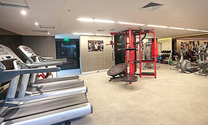 Gimnasio fitness center hotel cumbres groupon del d a for Gimnasio 4 meses