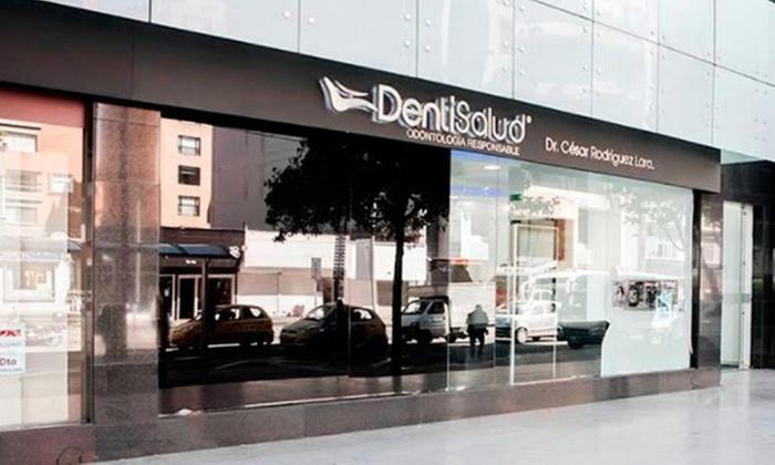 DENTISALUD: Desde $39.000 porlimpieza dental con profilaxis con opción a análisis de sonrisa + 1 o 3 sesiones de blanqueamientoen Dentisalud