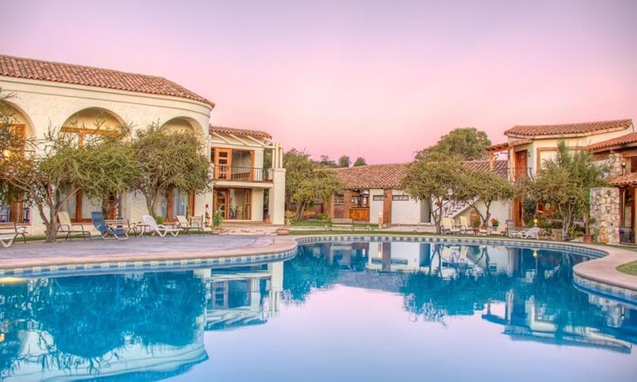 Hotel Casa Blanca Spa & Wine: Casablanca: 1 o 2 noches para 2 + desayuno buffet + acceso a spaen Hotel Casablanca Spa & wine