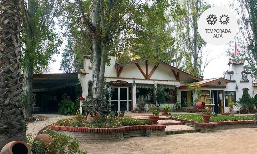 Hotel Jardin del Lago: Lago Rapel: 1 o 2 noches para dos + trago de bienvenida + acceso a spa con opción a cena de bienvenidaen Hotel Jardín del Lago