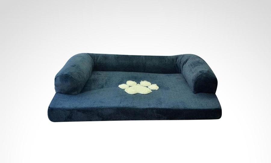 Groupon Shopping: Cama tipo sofá para mascotas en tamaño a elección. Incluye envío