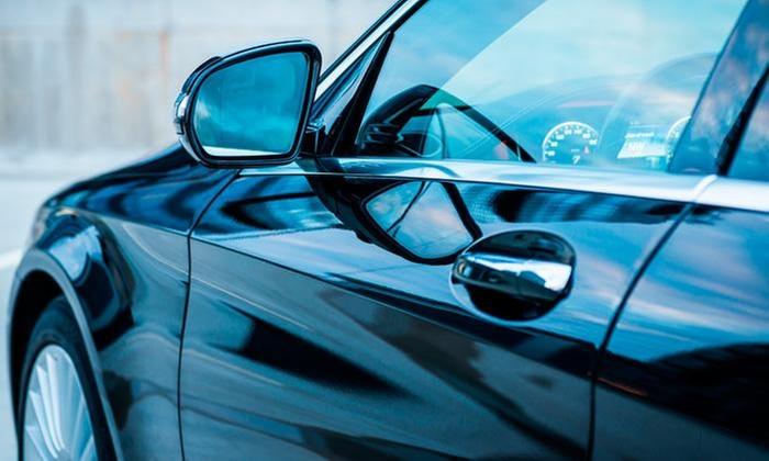 Royal Car Center: Desde $27.500 por lavado, overhaul o porcelanizado para carro o camioneta en Royal Car Center