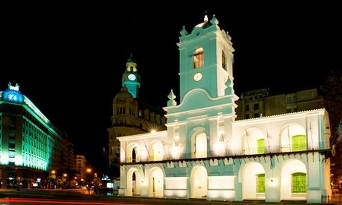 Groupon Travel (Buenos Aires): Buenos Aires: paga $189.000 por persona por 3 noches para dos en Hotel Uthgra de las Luces + desayunos + pasajes aéreos + cortesías