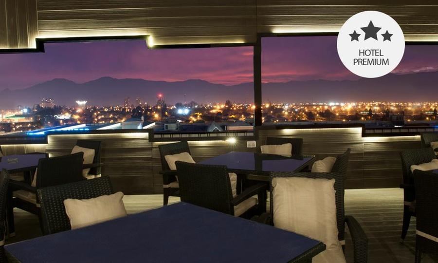 OPHotels: Rancagua: desde $55.000 por 1 o 2 noches para dos + desayuno buffet+ tapeo + welcome drinks en OPHotels. Elige fecha