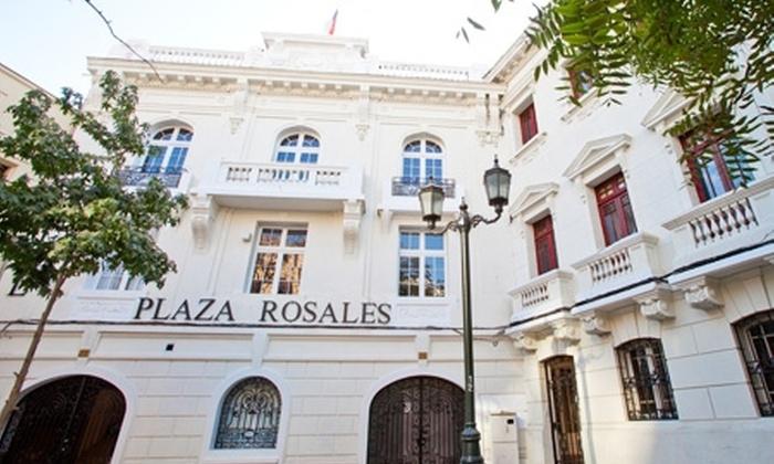 Grupo Rosales - Grupo Rosales: Paga desde $32.000 por 1 o 2 noches para dos + desayuno en Hotel Plaza Rosales by Grupo Rosales, Santiago