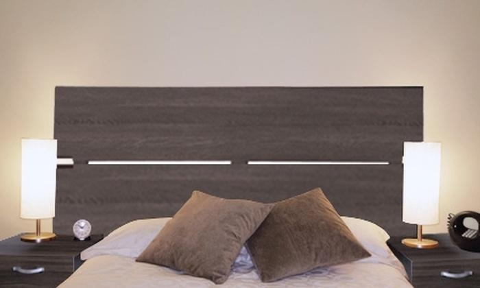Groupon Shopping (respaldo de cama): $46.900 por respaldo de cama de 2 plazas + 2 veladores modelo Wenge Nairobi, con despacho