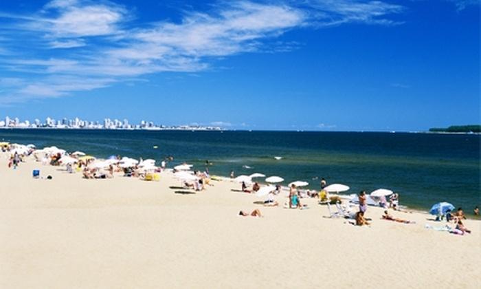 Groupon (Punta del Este, Uruguay): Vacaciones en Punta del Este, Uruguay: 7 noches para dos + aéreos + traslados + tour desde $459.000 p/p