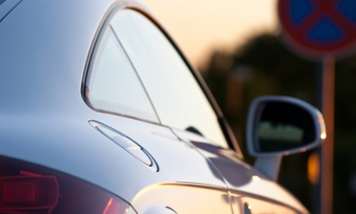 Polarizados Giovanny - Polarizados Giovanny: $27.000 en vez de $90.000 por 2 láminas de seguridad para vidrios de auto + instalación con Polarizados Giovanny