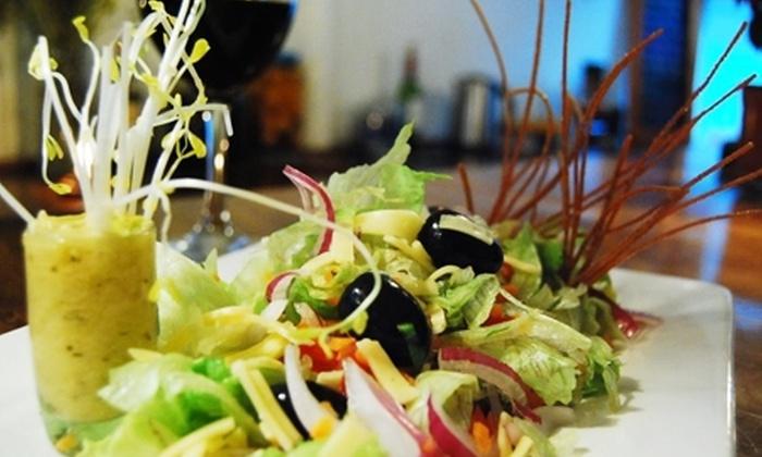 Cocina Puerto - Cocina Puerto: $8.200 en vez de $16.500 por ceviche de loco y camarón para compartir + Baja Normandía + 2 pisco sour a elección en Cocina Puerto Valparaíso
