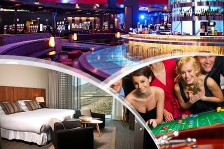 Enjoy: Gift Card Enjoy: Paga $10.000 por $20.000 para utilizar en casino, hotel, restaurantes, bares, spa y discoteque OVO. Retírala en Enjoy Santiago