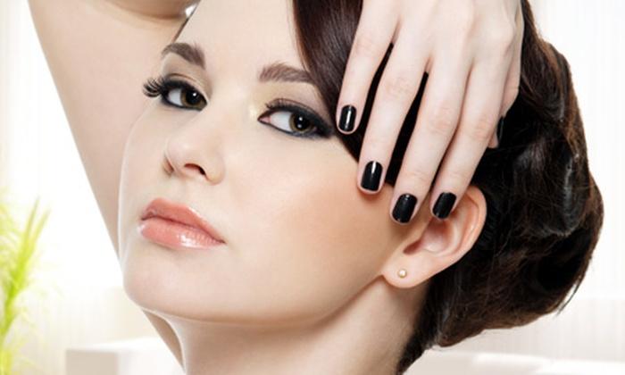 Beia Diva - Beia Diva: Paga desde $8.800 por manicure + esmaltado permanente con opción a aplicación de pestañas una a una en Beia Diva