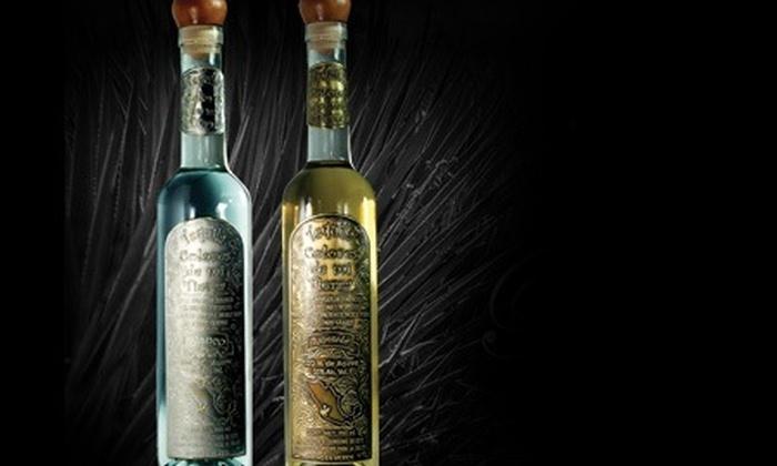 : Dos botellas de Tequila Colores De Mi Tierra blanco o reposado con 50% off