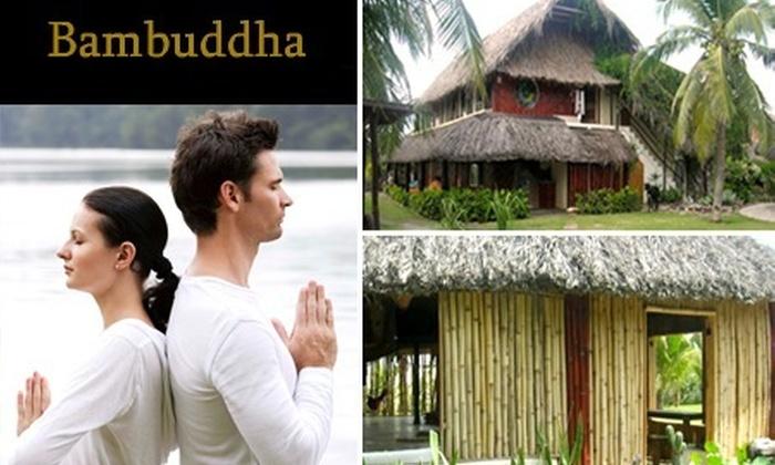 : Paga $2080 en vez de $5200 por 2 noches y 3 días para dos + desayunos + vuelos en ultraligero, masaje o temazcal + clase de yoga con Centro  Holístico Bambuddha