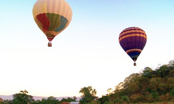 : Paga desde $999 por vuelo para una, 2 o 3 personas en globo aerostático con Jalisco en Globo
