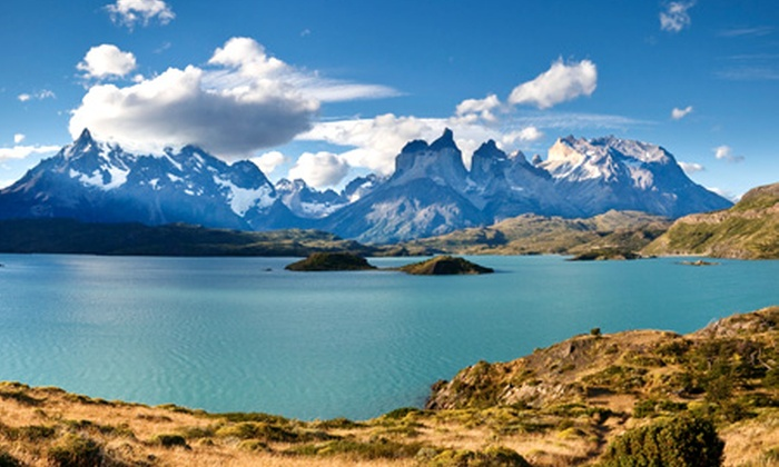 Groupon Travel (Torres del Paine): Torres del Paine: paga desde $209.000 por persona por 3 noches para dos + desayuno + pasajes aéreos con opción a arriendo de camioneta. Elige fecha de salida
