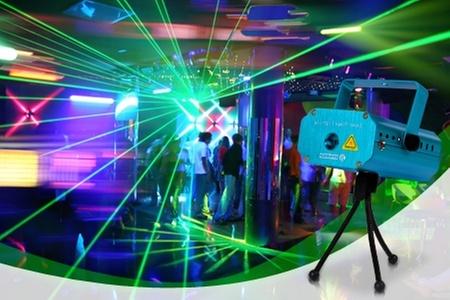 Groupon Shopping (Proyector): $20.990 en vez de $39.990 por proyector de luz de fiesta láser. Incluye despacho