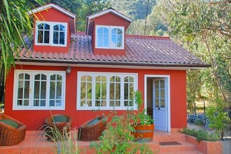 Resort Las Montañas de Olmué: Paga desde $51.995 por 1 o 2 noches para dos o hasta seis + desayuno + trekking o slackline con opción a yoga en Resort Las Montañas de Olmué
