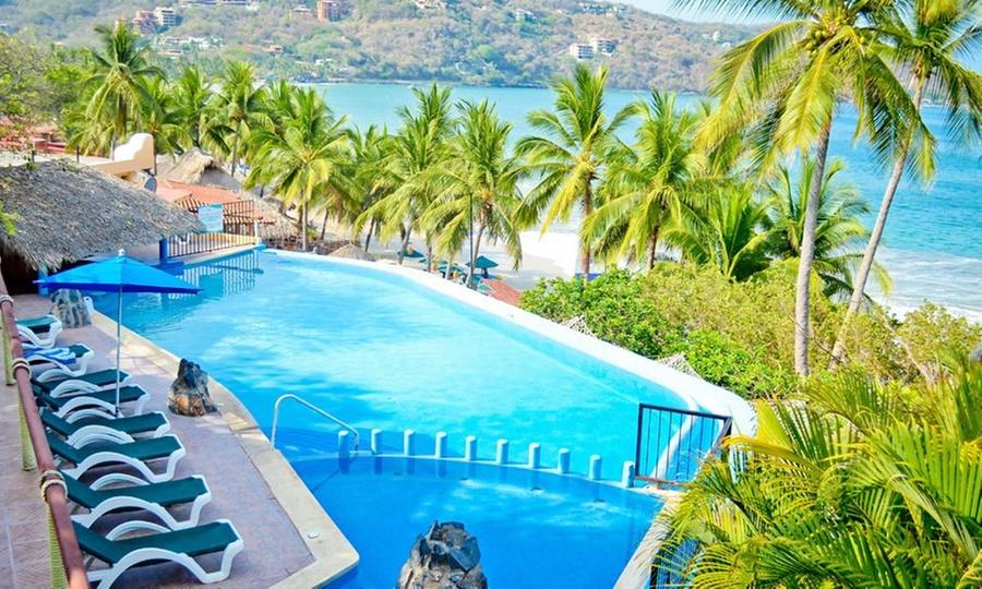 Catalina Beach Resort: Ixtapa Zihuatanejo: 2, 3, 4 o 5 noches para dos o cuatro + desayunos + late check out en Catalina Beach Resort