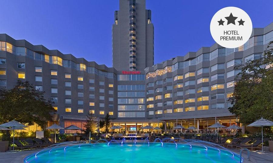 Sheraton Santiago Hotel And Convention Center: Desde $89.000 por 1 o 2 noches para dos + desayuno + welcome drinken Sheraton Santiago Hotel And Convention Center