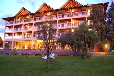 Villa Sofía Resort & Spa: Paga desde $68.464 por 3 o 4 noches para dos en habitación standard o superior + desayuno buffet + acceso al spa en Villa Sofía Resort & Spa, Bariloche