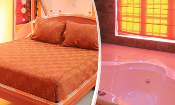Amor Amor Motel Boutique - Amor Amor Motel Boutique: Escapada Romántica en Santiago: Paga desde $24.750 por 12 horas en habitación suite o VIP con tina de hidromasaje + desayuno + rosas en Amor Amor Motel Boutique