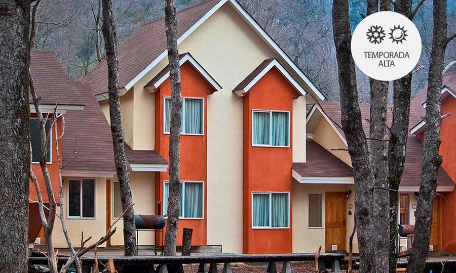 Borde Andino: Valle Las Trancas: 2, 3 o 4 noches para 2 con desayuno + cena de bienvenida + welcome drink o para 4 en cabaña en Borde Andino