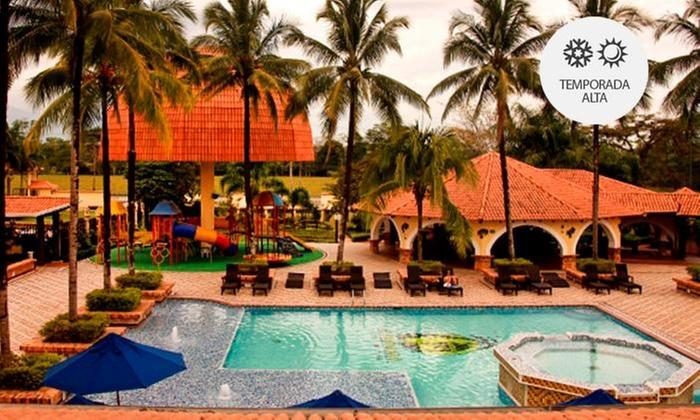 Hotel Campestre El Campanario (RNT: 10924): Villavicencio: 1, 2 o 3 noches para 1, 2, 3 o 4 personas + desayunos + sauna + piscina en Hotel Campestre El Campanario