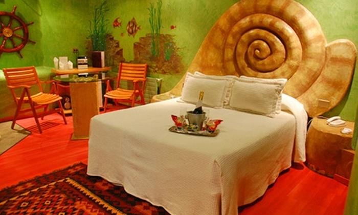 Motel Blue - Motel Blue: $19.250 en vez de $38.500 por escapada para dos en habitación suite + desayuno a la habitación en Motel Blue, Santiago