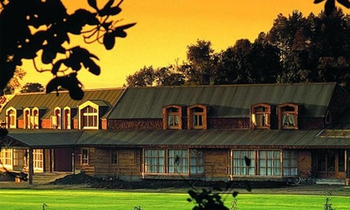 Trailanqui Resort - Trailanqui Resort: Paga desde $69.000 por 2 o 3 noches para dos + crédito en restaurante + paseo en carruaje con Trailanqui Resort, cerca de Villarrica