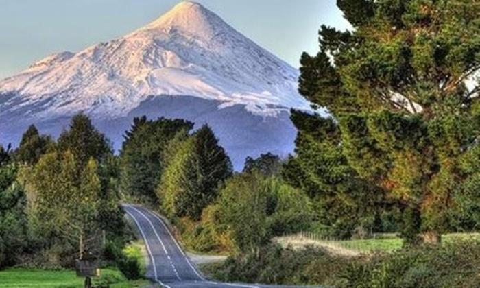 Antillanca: $84.900 en vez de $169.890 por 2 noches para dos en Osorno + almuerzo y cena + welcome drink + trekking por cerro Rayhuen con hotel Antillanca