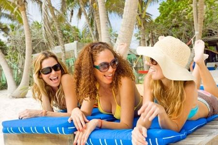Groupon Travel (Fiestas Patrias en Búzios): Fiestas Patrias en Búzios: paga desde $379.000 por persona por 4, 5 o 7 noches para dos en posada a elección + aéreos + traslados + desayunos + city tour. Elige fecha de salida