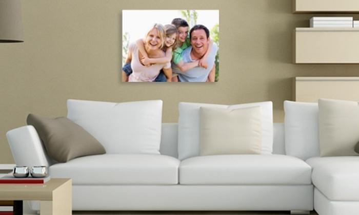 SmartDepot.: $11.900 en vez de $30.900 por impresión de foto en canvas de 40x30 cm + 2 copias en papel 30x22 cm con SmartPrint. Incluye despacho