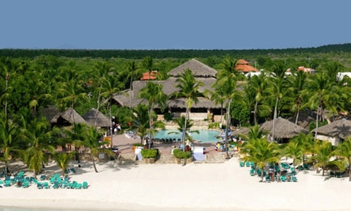 Groupon Travel (Bayahibe): Descubre Bayahibe: 7 noches para dos en Hotel Viva Wyndham Dominicus Beach con sistema all inclusive + aéreos + traslados pagando $599.000 por persona