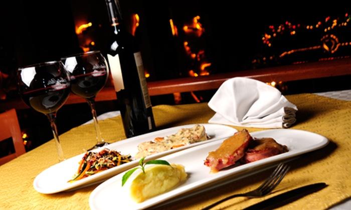 Gastronomy Market - Parque de la 93: $50.000 en vez de $100.000 por menú para dos con entrada + plato fuerte + acompañamiento + vino en Restaurante Gato Negro
