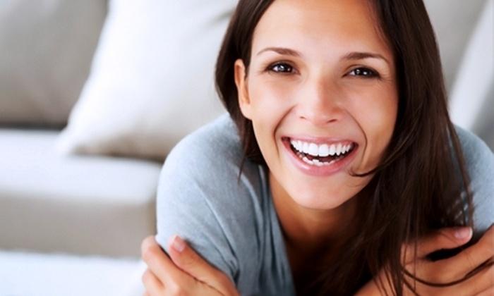Clínica Odontológica Oralcenter - Clínica Odontológica Oralcenter: $350.000 en vez de $700.000 por tratamiento de implante dental con Clínica Odontológica Oralcenter