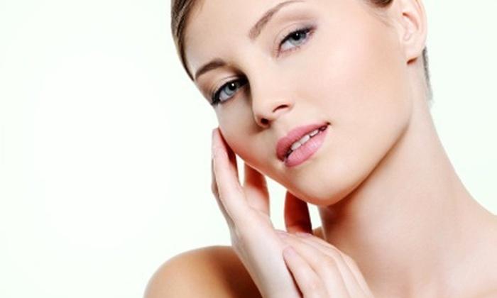 Bembos: 70% de descuento por limpieza facial profunda + tratamiento con plaquetas + acelerador biomolecular en Medi Esthetic