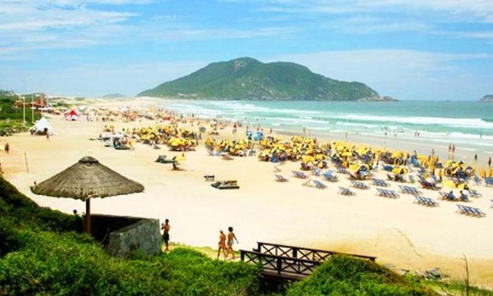 Groupon Travel (Florianópolis): Vuela a Florianópolis: paga desde $539.000 por persona por 4 o 7 noches en plan doble o familiar con sistema VIP all inclusive + aéreos + traslados