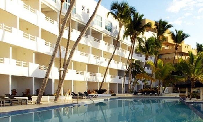 Groupon Travel (Boca Chica): Vacaciones en Boca Chica, Rep. Dominicana: desde $519.000 por persona para 7 noches all inclusive en plan doble o familiar + aéreos + traslados