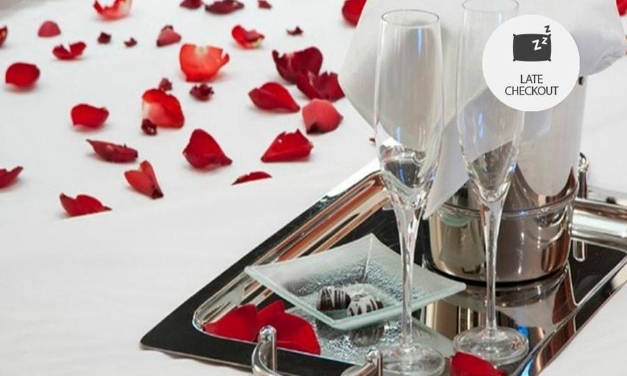 Hotel Quintas de Normandia (RNT: 20809): Bogotá: desde $79.000 por 1 o 2 noches para dos + desayuno con opción a noche romántica enHotel Quintas de Normandía