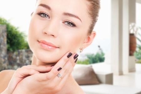 Beautiful Girl Spa: Paga desde $4.550 por manicure + baño de parafina con opción a ondulación de pestañas en Beautiful Girl Spa