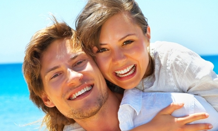 El Arca Dental - El Arca Dental: $29.900 en vez de $167.000 por sesión de blanqueamiento láser + limpieza + fluoración en Clínica Arca Dental