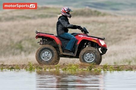 Triumph Motorcycles: Paga $100.000 por bono de $1.500.000 para motocicleta de 4 ruedas Arctic Cat en Motorsport. Elige modelo y color