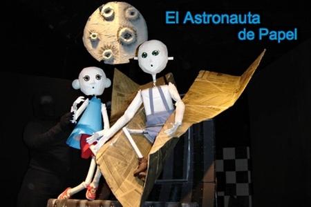 Teatro Mori: $1.800 en vez de $4.000 por entrada general para la obra El Astronauta de Papel en Teatro Mori Plaza Vespucio