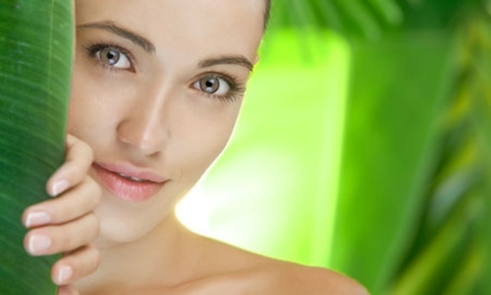 Estética Vidal - Estética Vidal: $9.900 en vez de $25.000 por limpieza facial profunda en VIDAL Esthetic Life