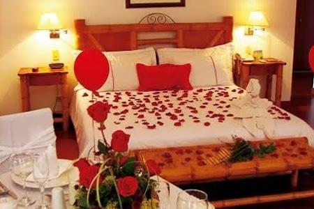 Royal inn suites spa groupon del d a groupon - Decoracion noche romantica ...
