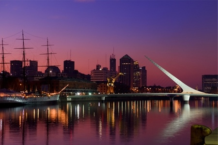 Groupon Travel (Buenos Aires): Descubre Buenos Aires: 2, 3 o 4 noches para dos en Castelar Hotel & Spa + desayunos + aéreos pagando desde $185.000 por persona