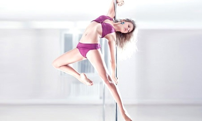 Dancing Queen - Dancing Queen: Paga desde $20.000 por 4 u 8 clases de pole dance en Dancing Queen