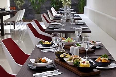Groupon Travel (Lima): Lima: 4 días y 3 noches para dos en Hotel Ibis + traslados + desayuno + aéreos pagando $229.000 por persona. Elige fecha de salida